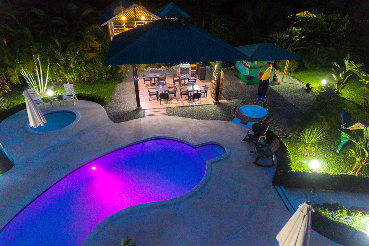 Hotel in Cahuita with Swimming Pool